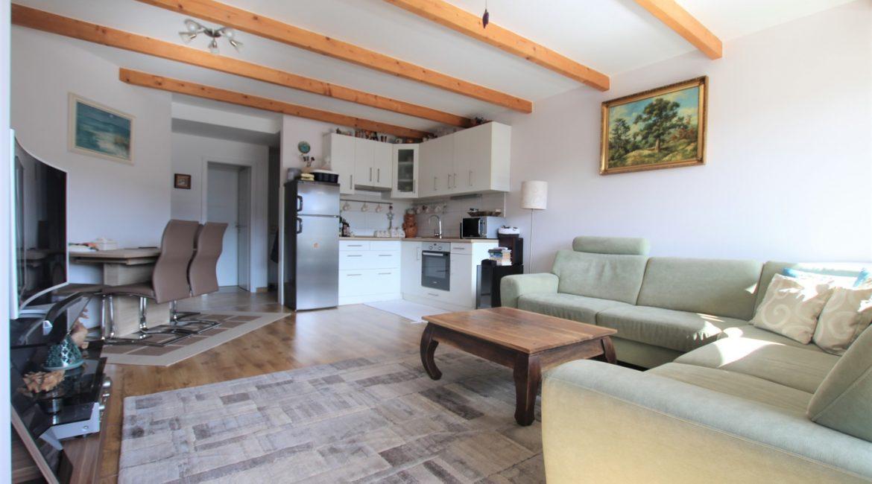 Wohnzimmer inkl. Küche